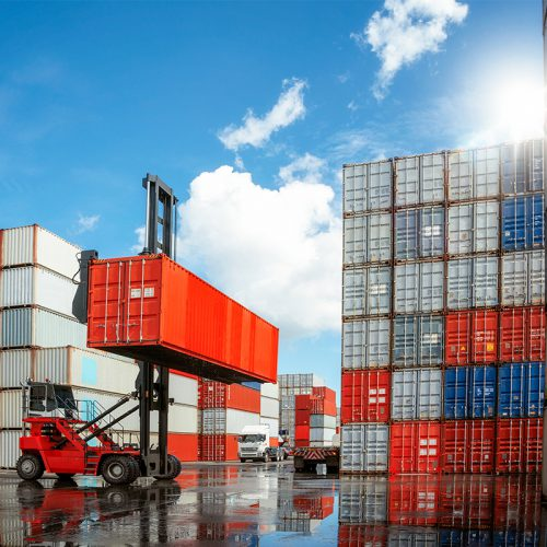 container crisis plastic transport